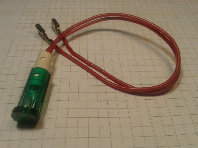 Лампочка Thomson TL-100W-Q1 12W 3000K 100-240V E27 180237